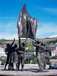 Liberation Square statue imagesCAZLRPO3